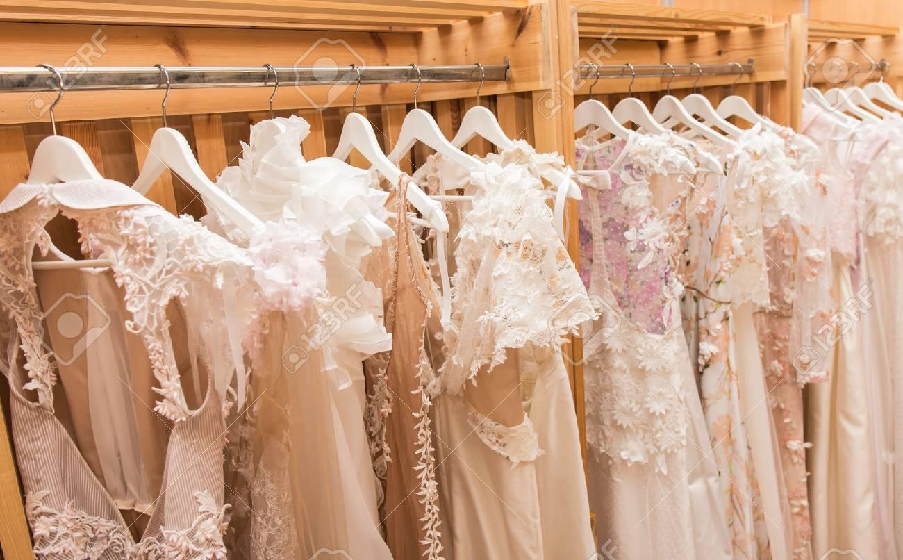 white wedding dresses - 35374227
