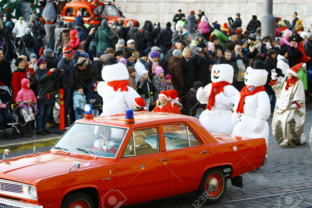 HELSINKI, FINLAND - NOVEMBER 20: Traditional Christmas Street opening in Helsinki on November 20, 2011. Stock Photo - 11260203