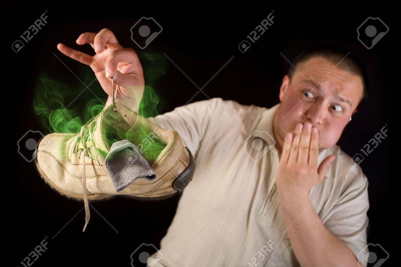 Фото как нюхают потные носки и ноги 2 фотография