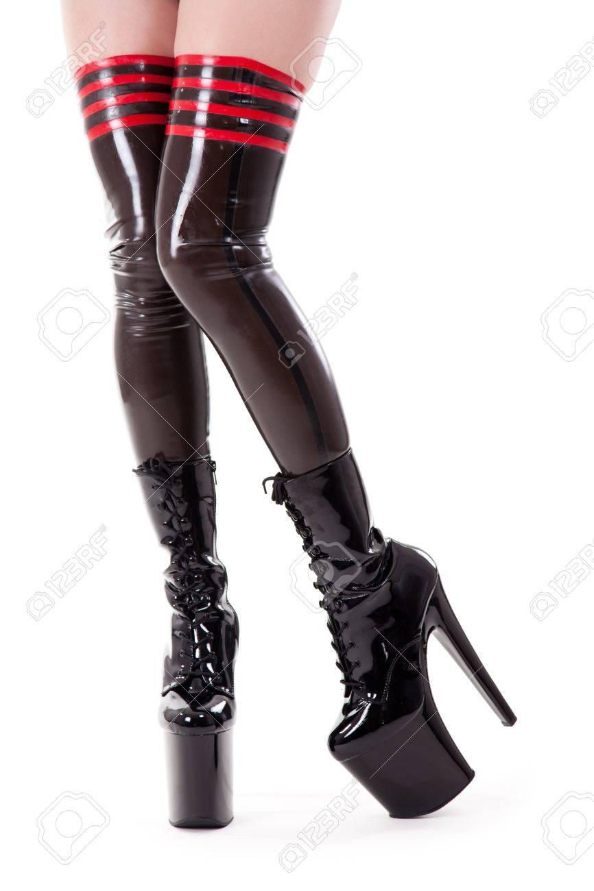 Largas AltoAislado Tacón Atractivas Fetiche Blanco Piernas En Zapatos De Fondo v8nm0NwO