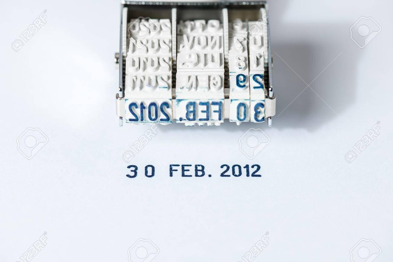 非現実的な日付 - 2012 年 2 月 30 日、日付はない - 高解像度撮像素子 ...