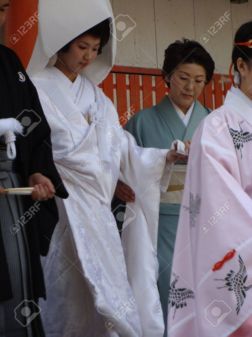 Traditional Japanese Wedding.Traditional Japanese Wedding Bride And Escorts