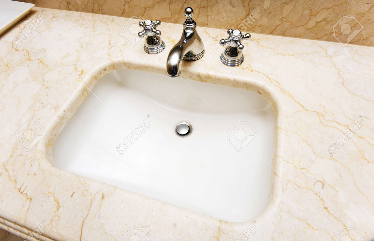 Sink in the bathroom Stock Photo - 7045776