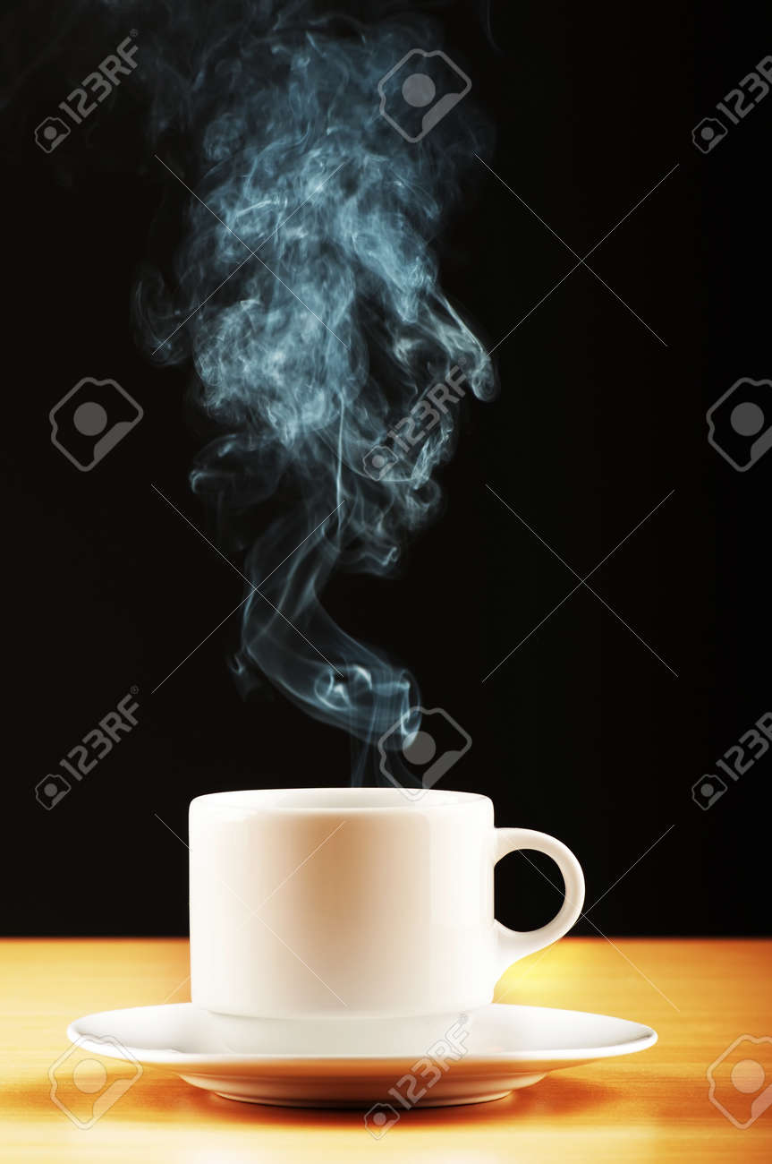 Cup of tea with steam Stock Photo - 8942797