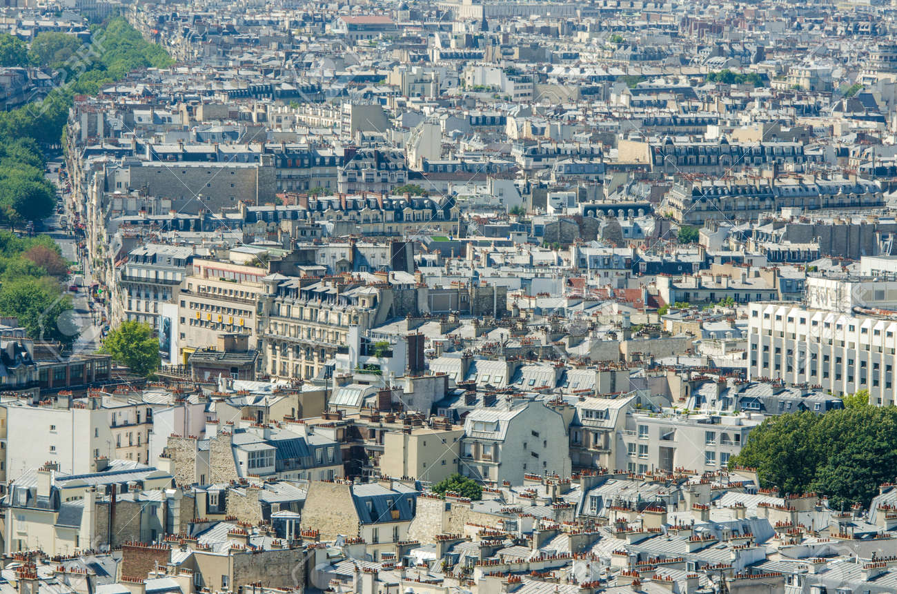 Skyline of Paris on bright summer day Stock Photo - 17356633