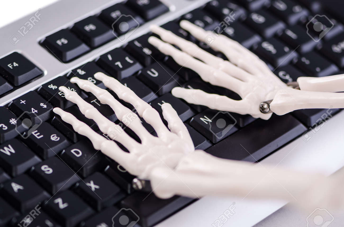 Skeleton working on the keyboard Stock Photo - 18175281