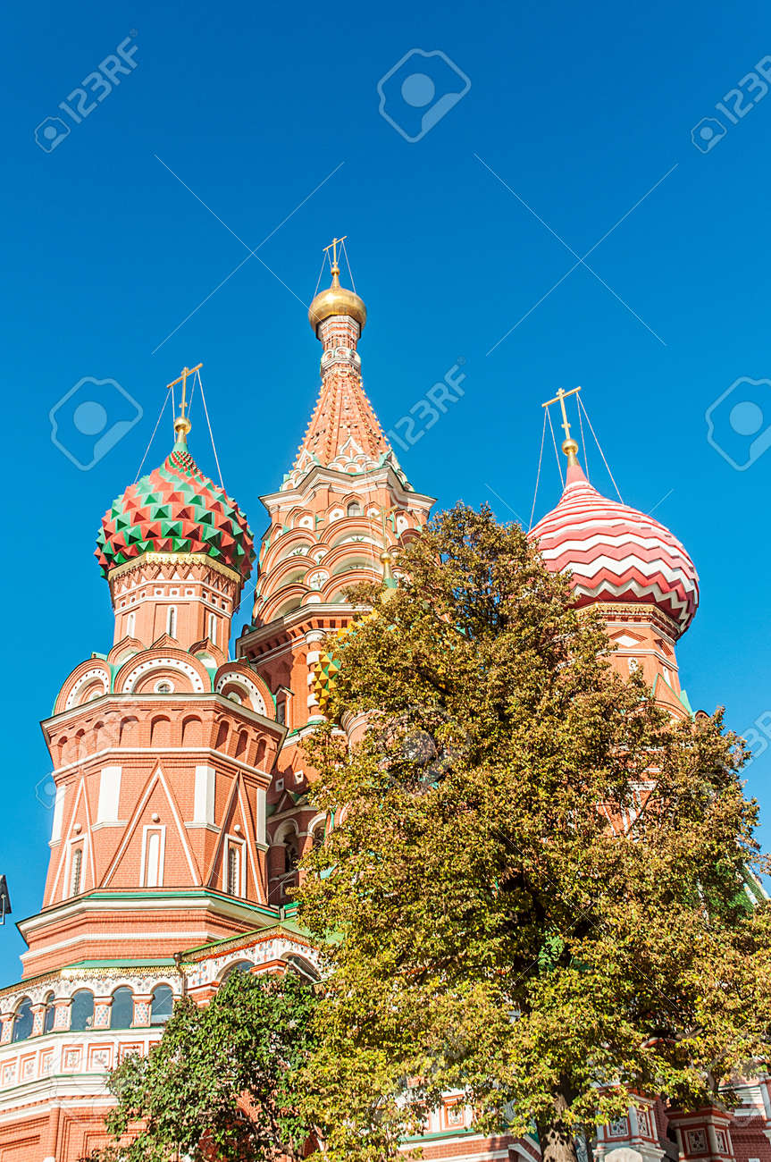 Famous st Vasily Blessed cathedral in Moscow Stock Photo - 18609869