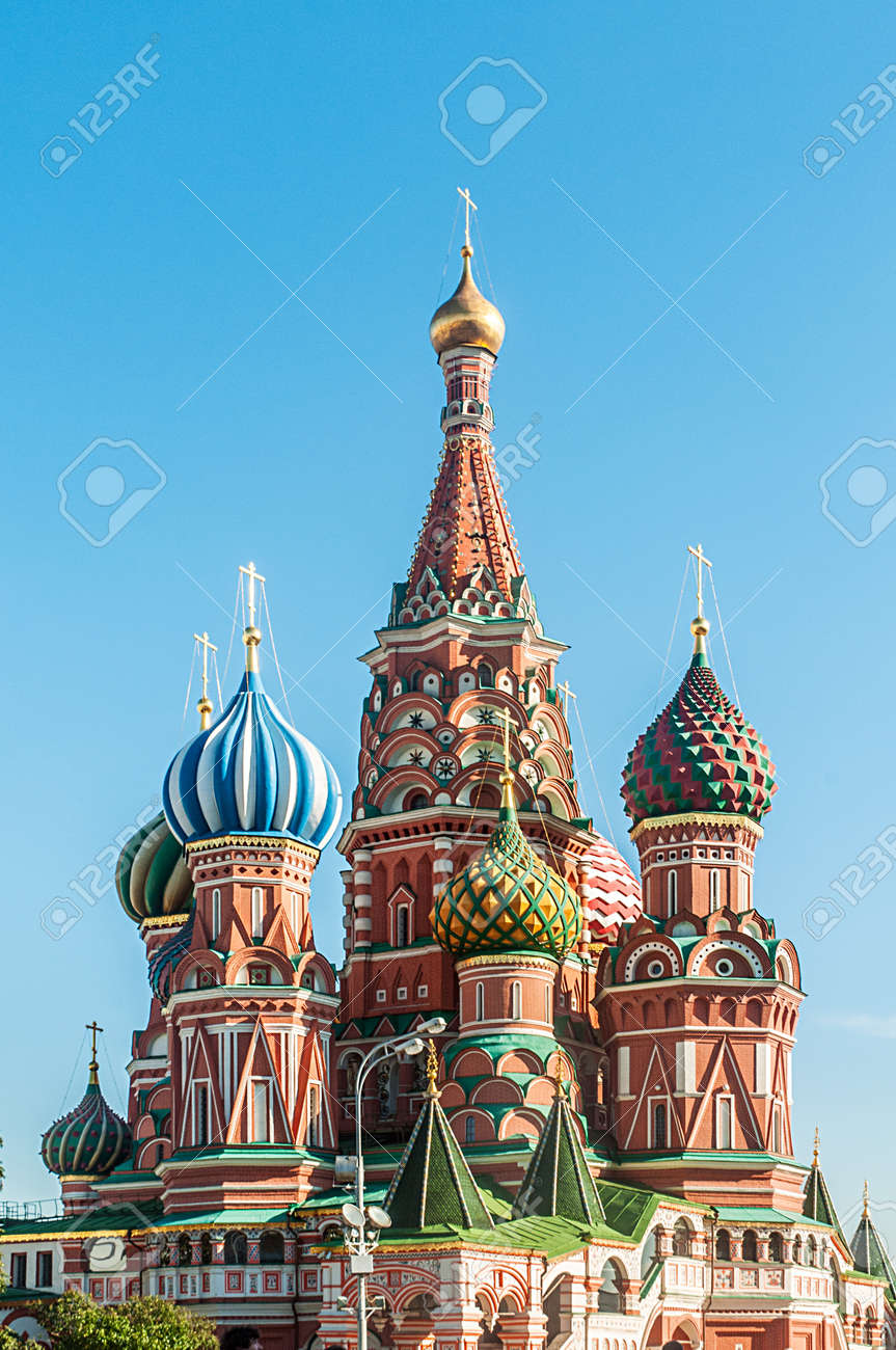 Famous st Vasily Blessed cathedral in Moscow Stock Photo - 19013137