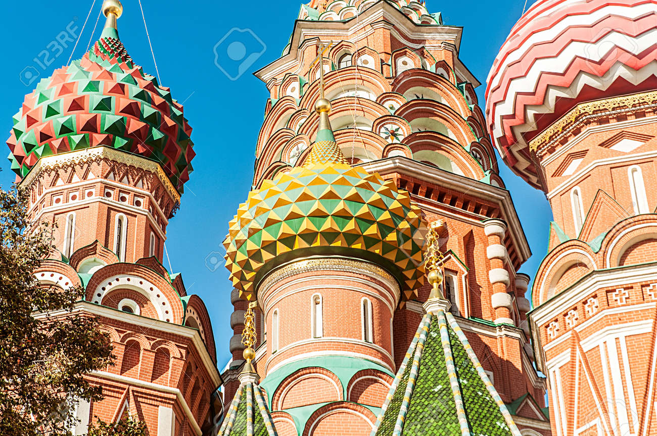 Famous st Vasily Blessed cathedral in Moscow Stock Photo - 19013398