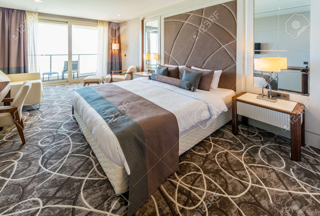 Hotel room with modern interior Stock Photo - 42628670
