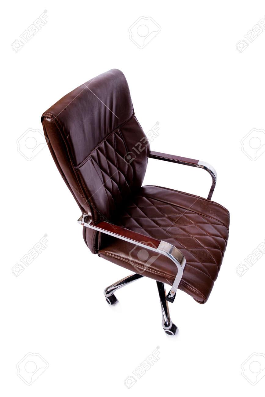 Wit Lederen Bureaustoel.Bruin Lederen Bureaustoel Op Wit Wordt Geisoleerd