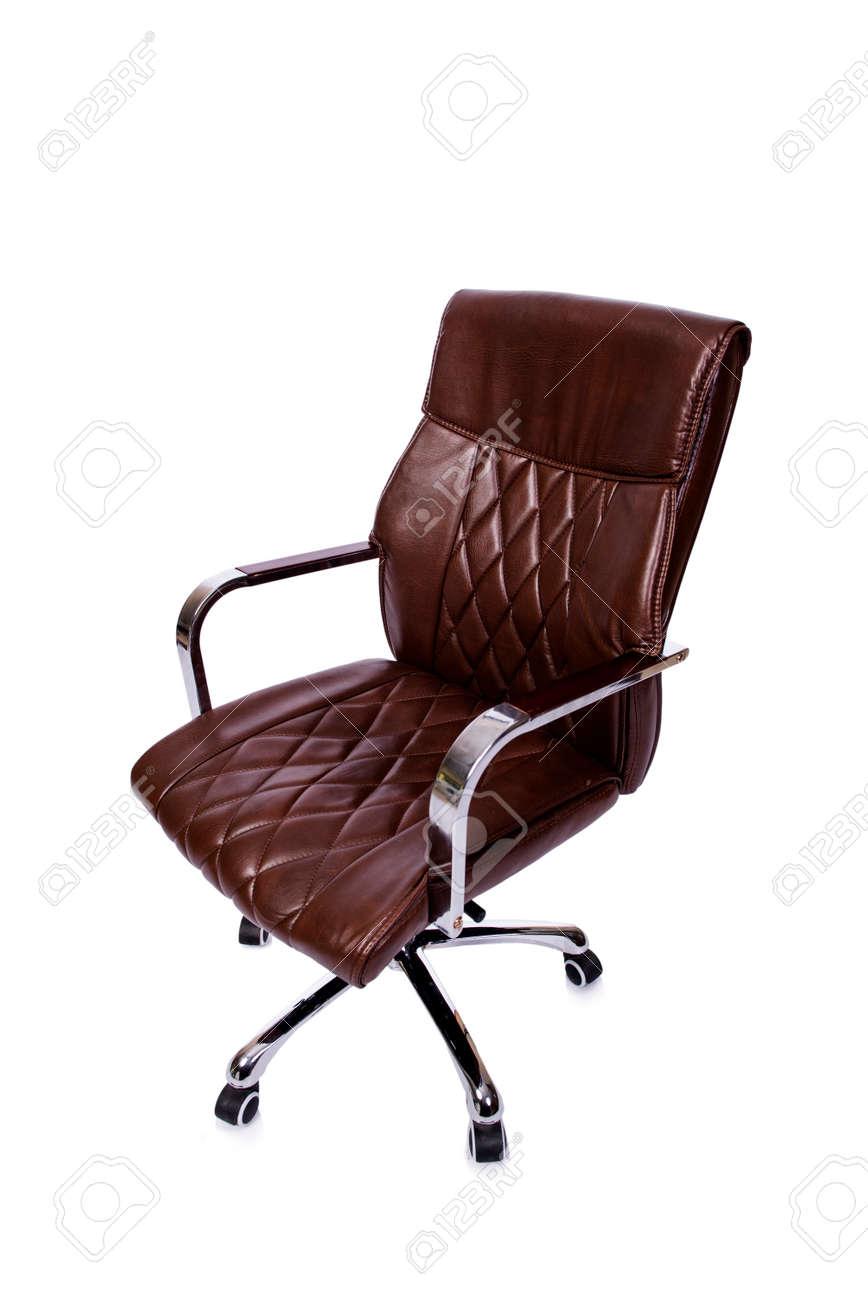Ledere Bureau Stoel.Bruin Lederen Bureaustoel Op Wit Wordt Geisoleerd