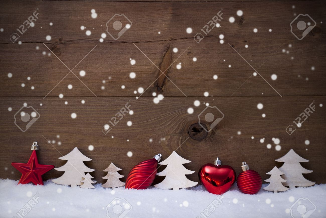 Tarjeta De Navidad Con Rojo Festivo Decoración En Blanco Nieve Bola De Navidad árbol De Navidad Estrella Los Copos De Nieve Brown Rústico Fondo