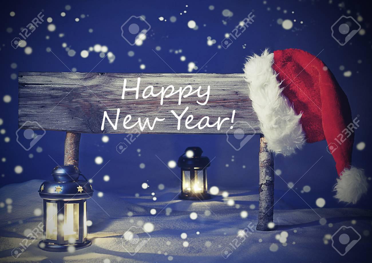 Weinlese Hölzerne Weihnachts Zeichen Und Weihnachtsmütze Mit Weißem