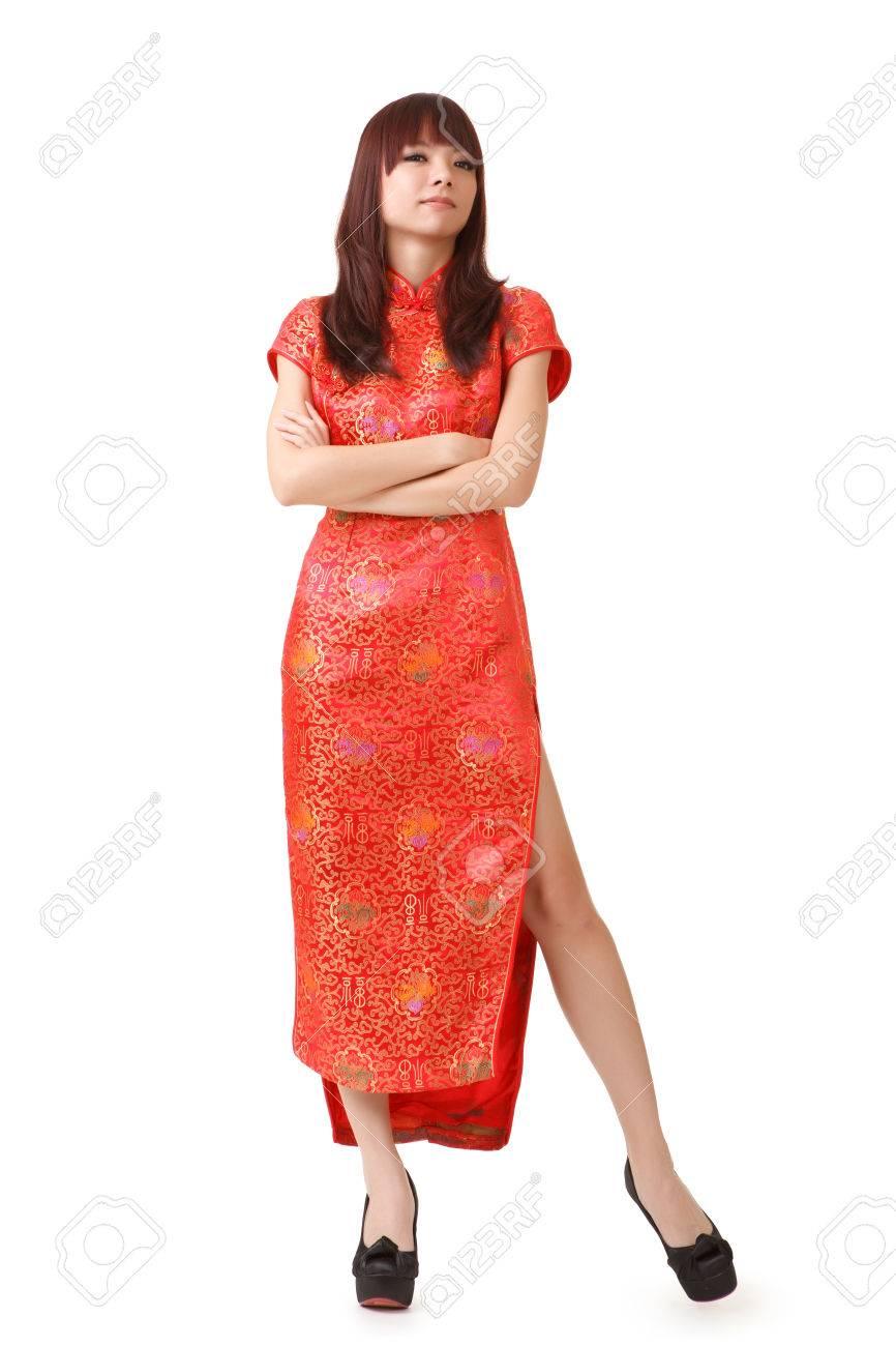 rencontrer grande remise classique Robe chinoise femme n vêtements traditionnels, cheongsam, pleine longueur  en studio.