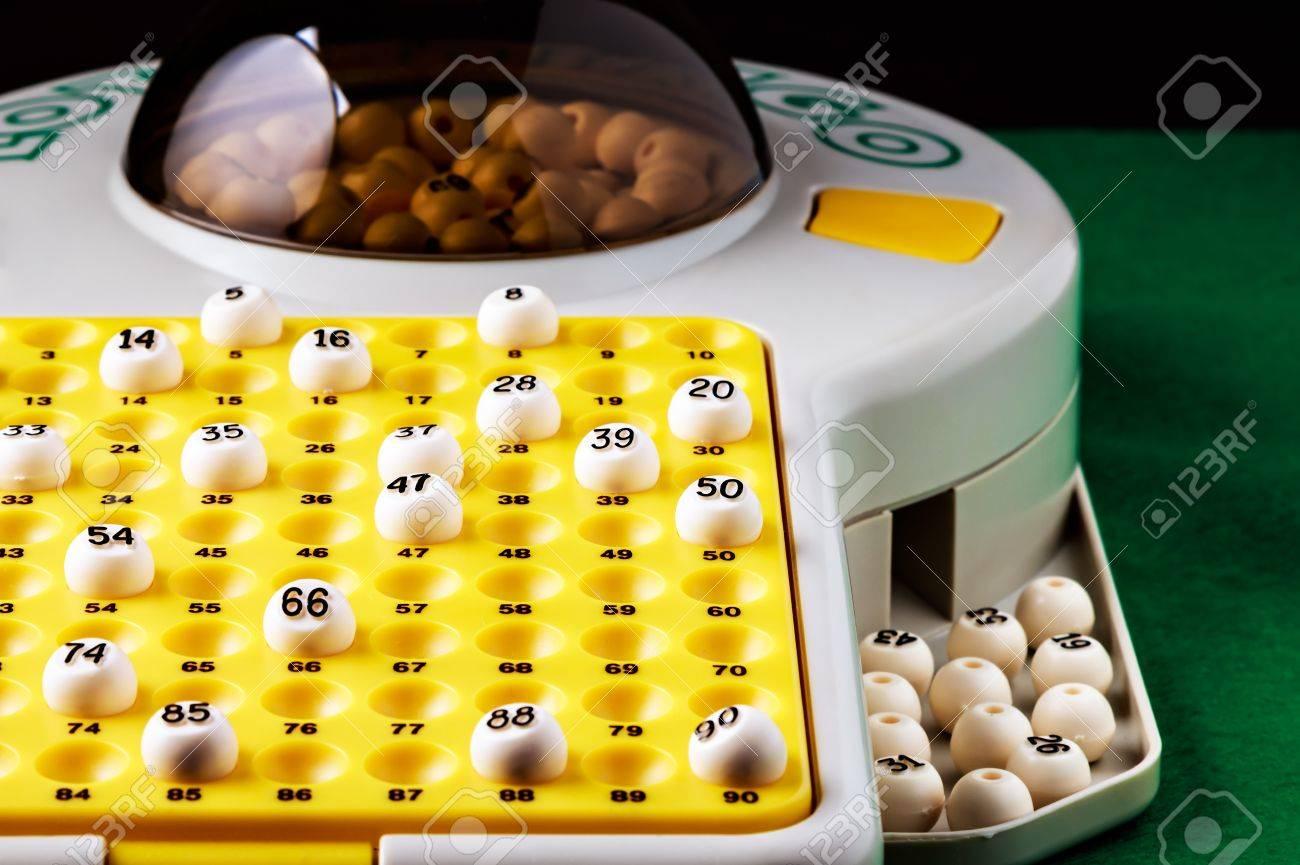 Juego De Bingo Electronico Con Pelotas Para Jugar Imagen Horizontal
