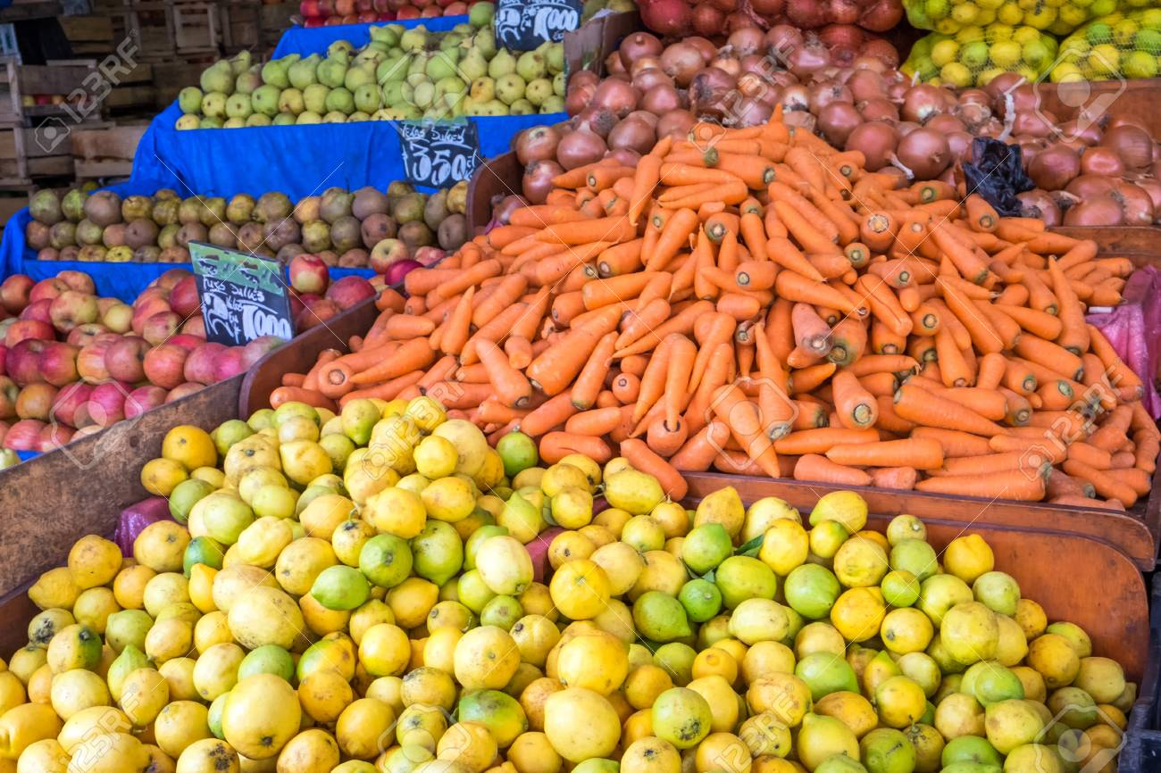 Piles Of Fruits And Vegetables For Sale In Valparaiso, Chile Stock ...