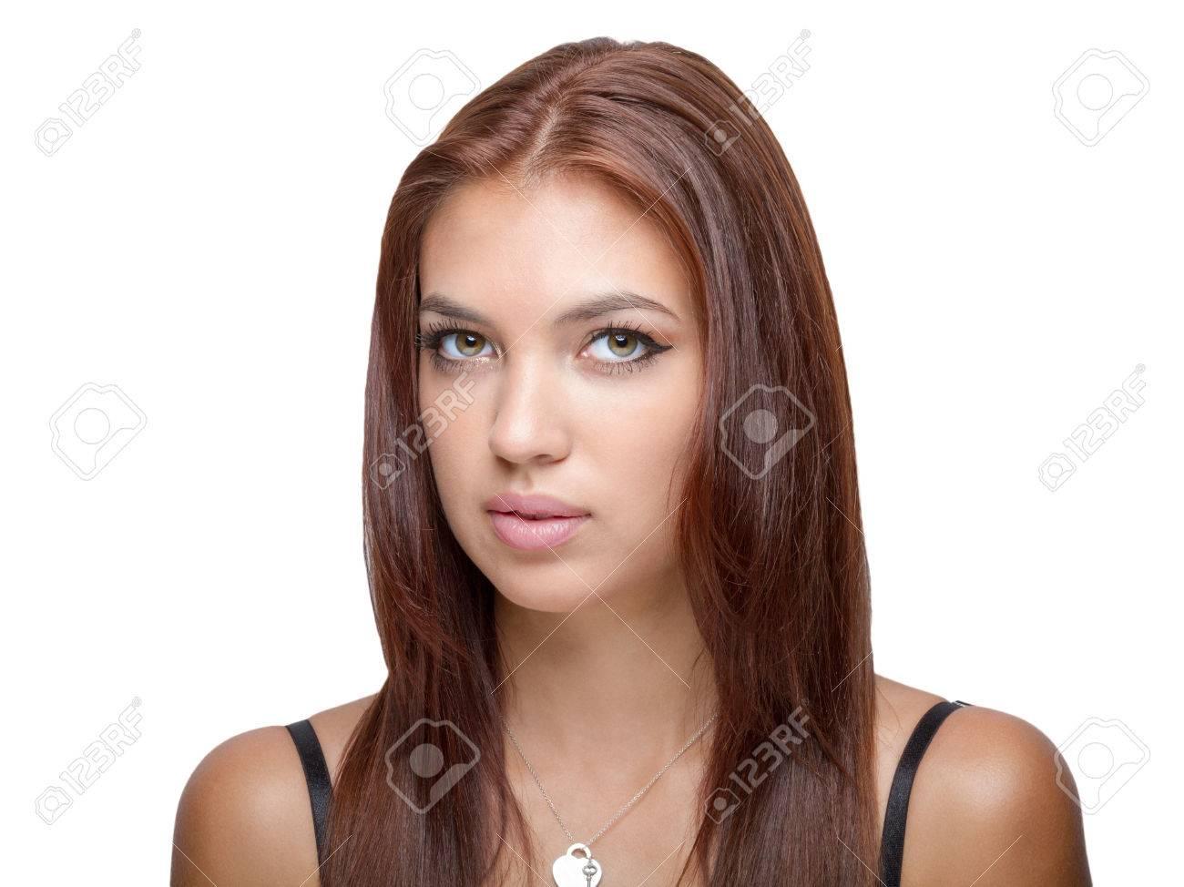 cheveux auburn modèle féminin menton incliné coup de tête banque d