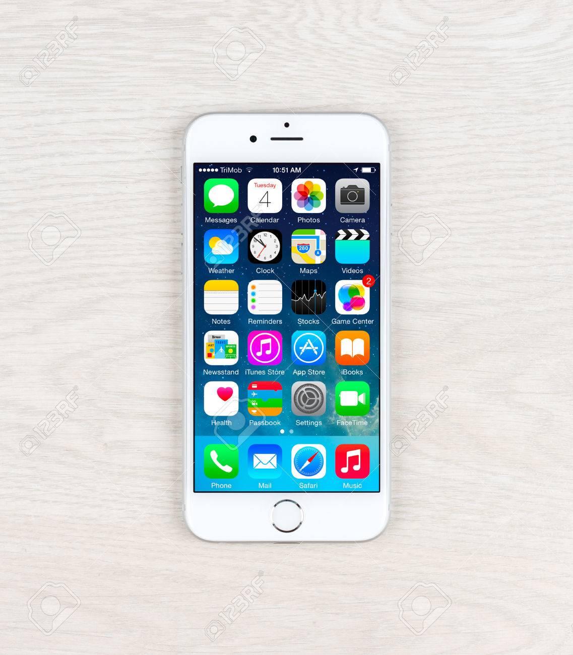 Simferopol Russia November 03 2014 Apple Iphone 6 Over Table