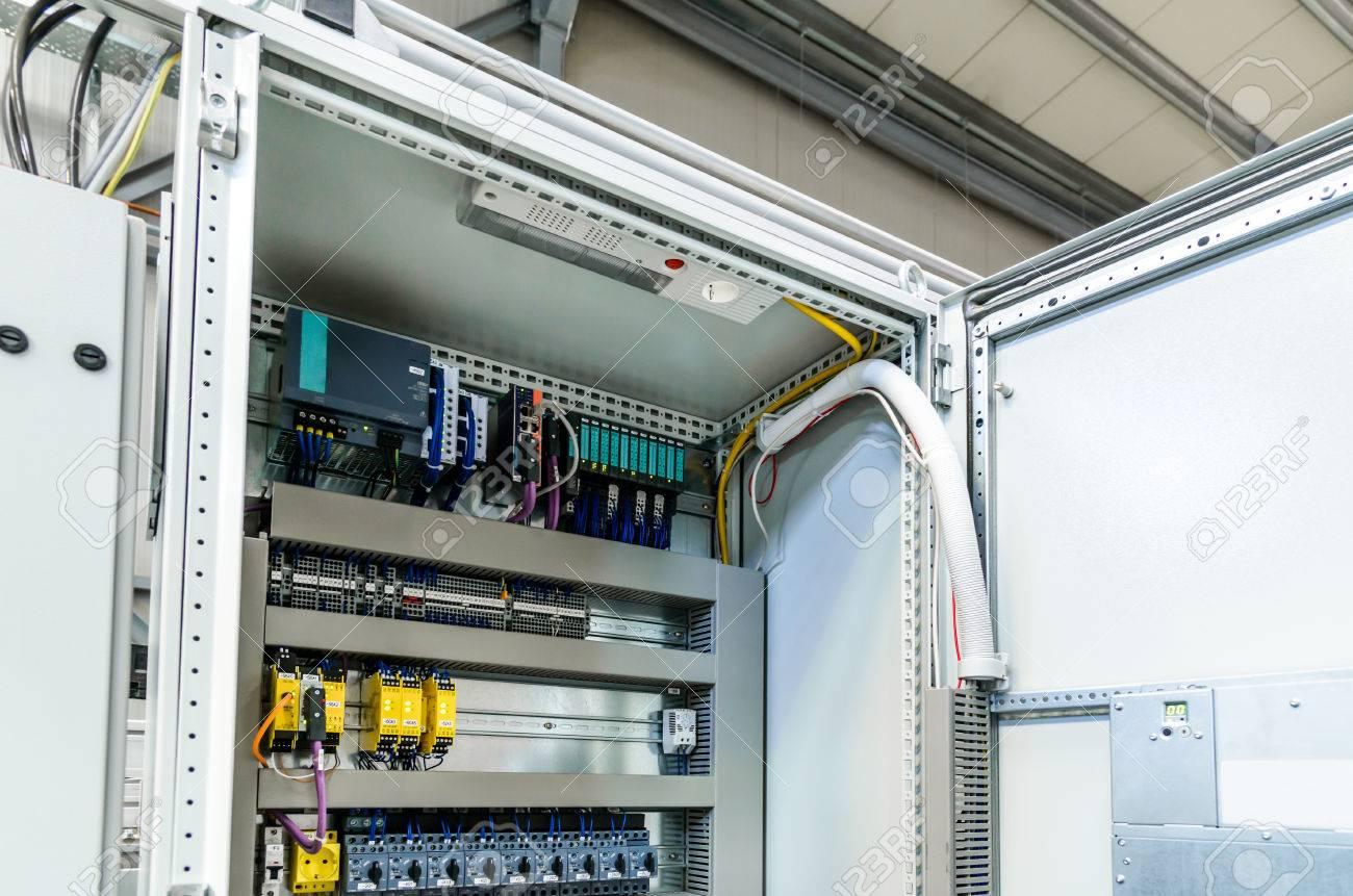 Niedlich Automatische Leitungsabgriffe Fotos - Verdrahtungsideen ...