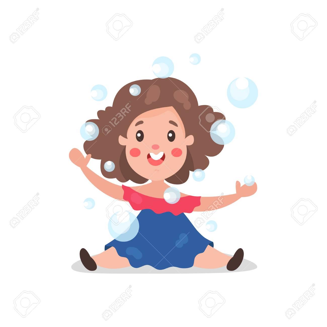 Brunette De Dessin Animé Doux Petite Fille S Amuser à Jouer Avec Des Bulles De Savon Vector Illustration