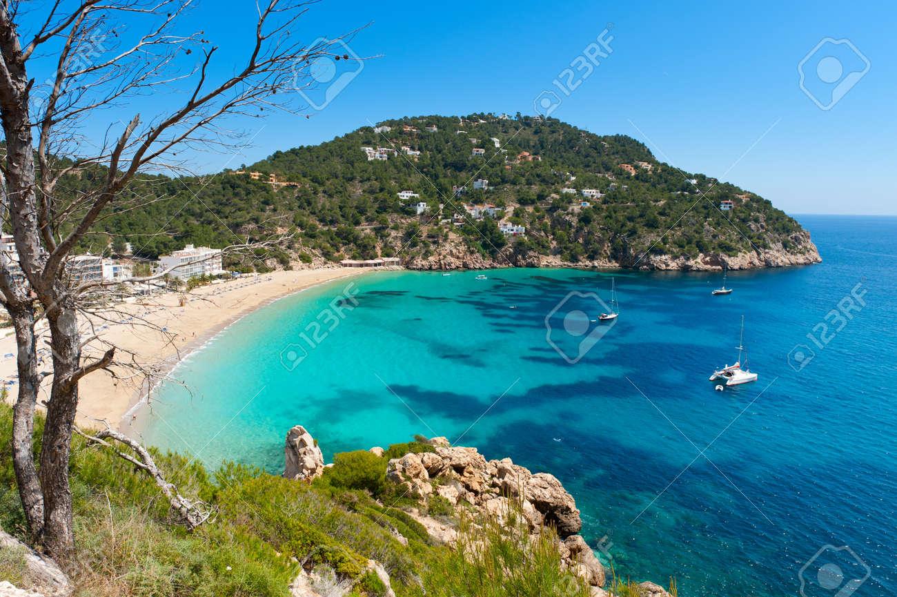 Cala de Sant Vicent auf der North-East Of Ibiza, Spanien Standard-Bild - 9270632