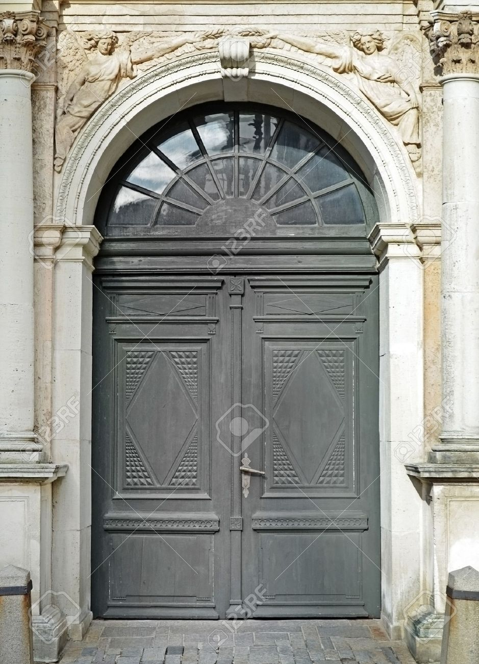 Old door, Antique church detail Stock Photo - 15070598