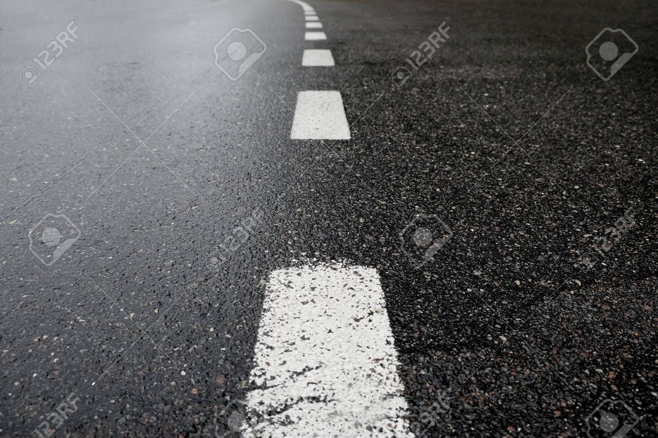 Asphalt road - 43202796