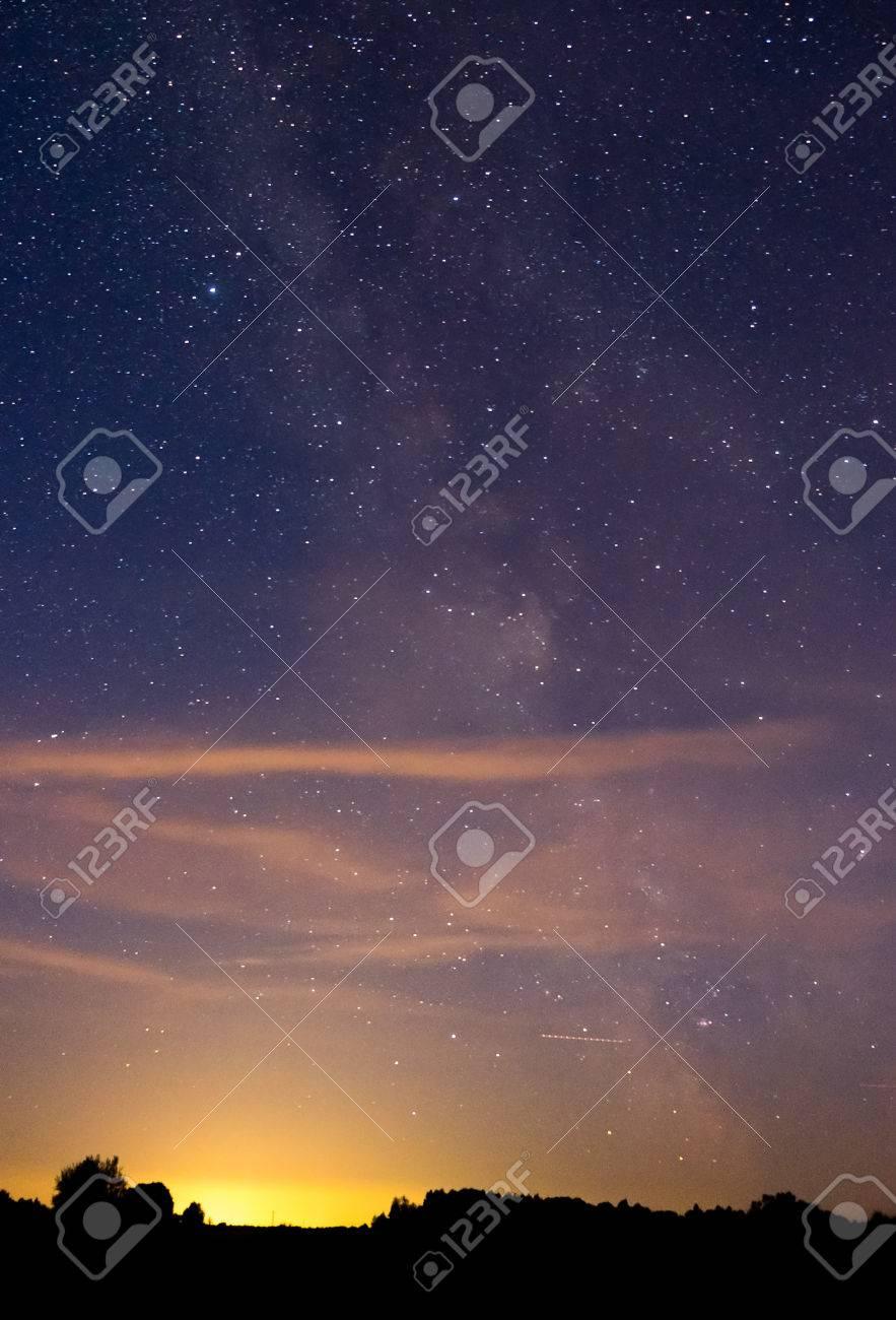 Night sky - 44482138