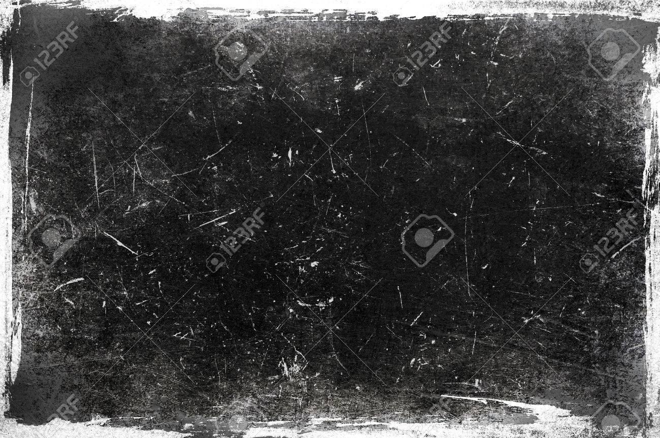 Black and white grunge frame - 64274974