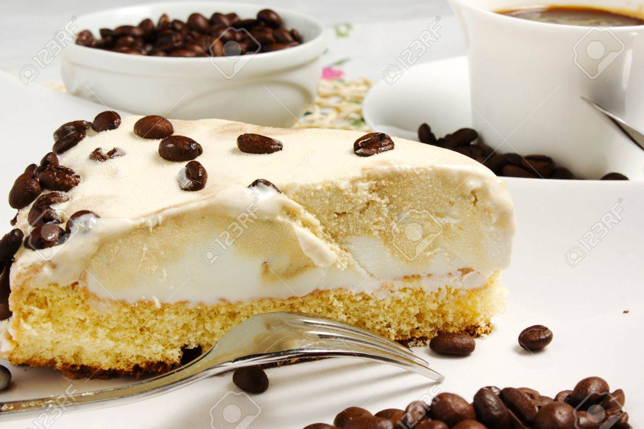coffee cake on the tablecloth Stock Photo - 14090668