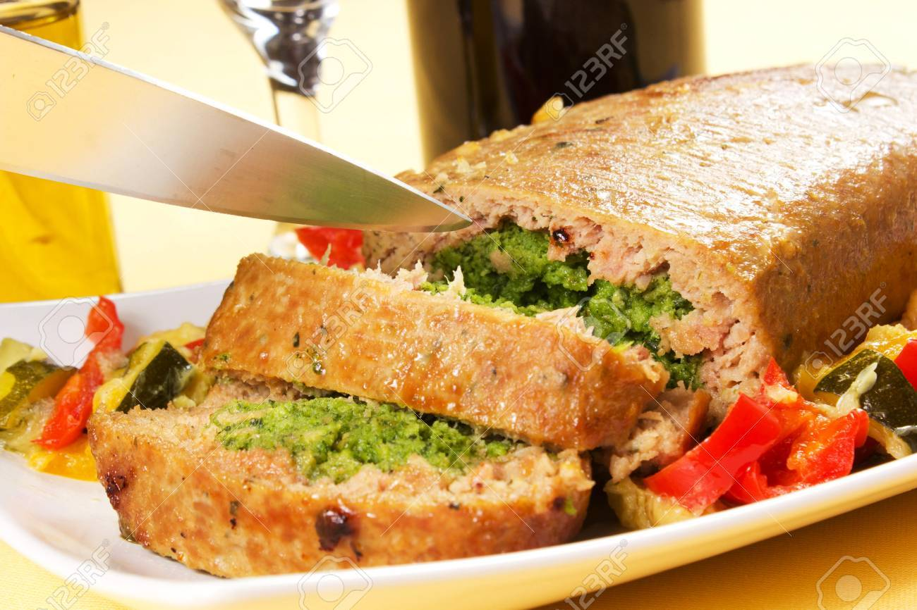 Cold dish rolls with spinach and cheese and peppers and zucchini Stock Photo - 17500344