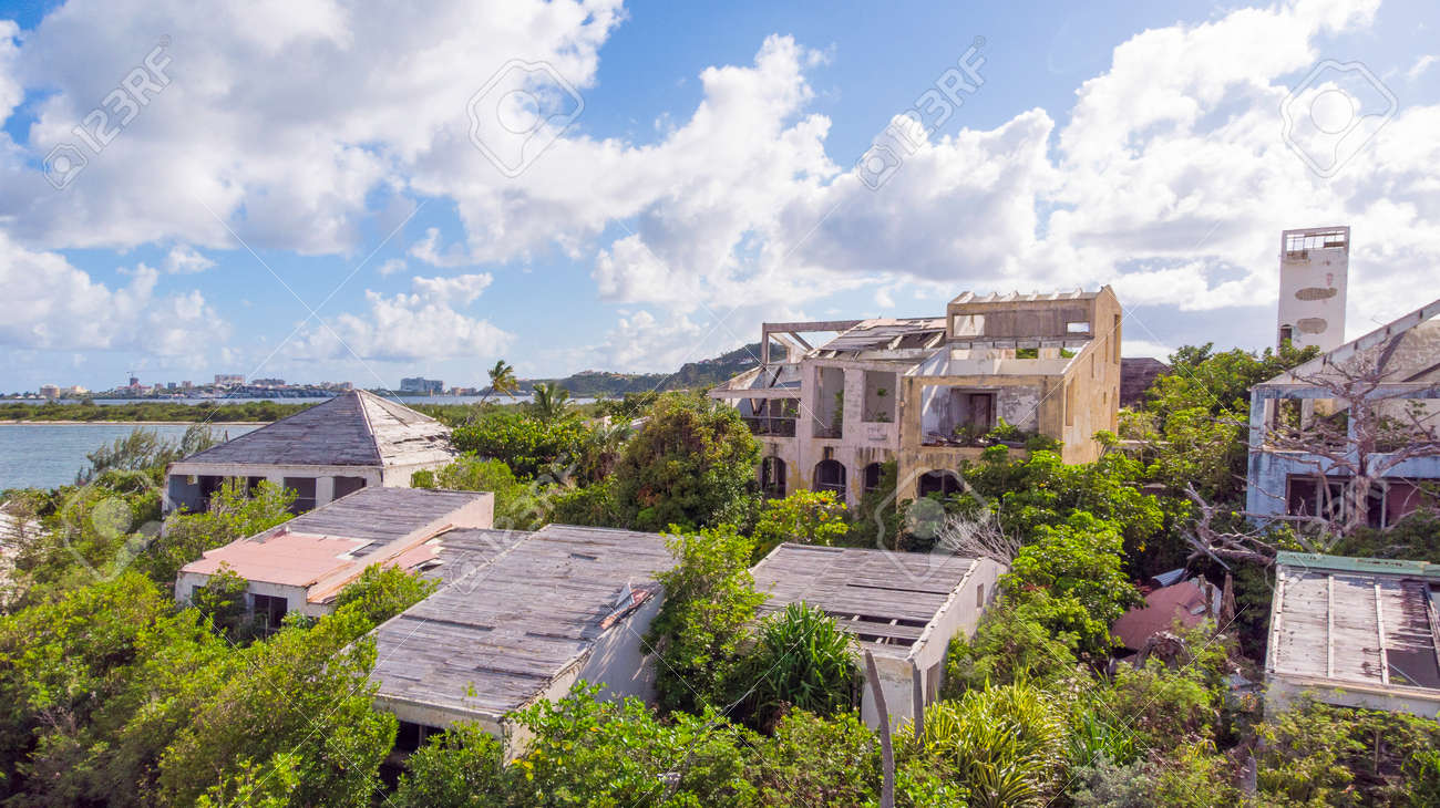Hurricane causes damages to La belle creole building in the caribbean island of st.martin. - 152079972
