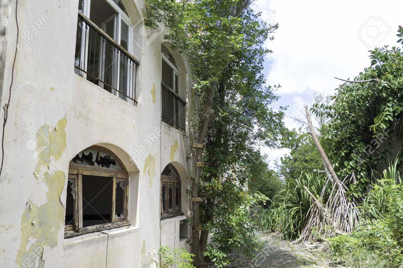 Hurricane causes damages to La belle creole building in the caribbean island of st.martin. - 152082247