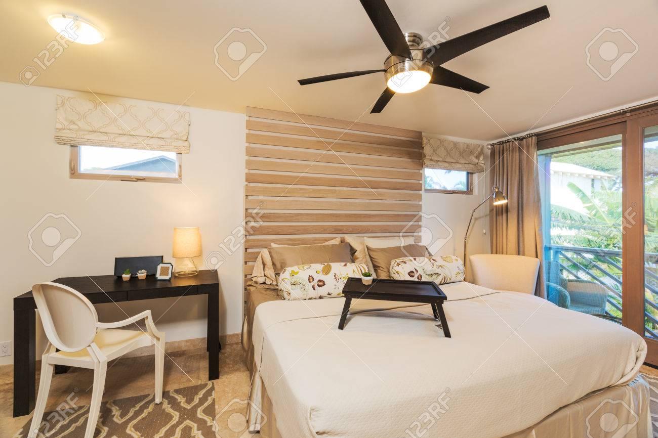 Chambre dans Maison Contemporaine, Design Intérieur