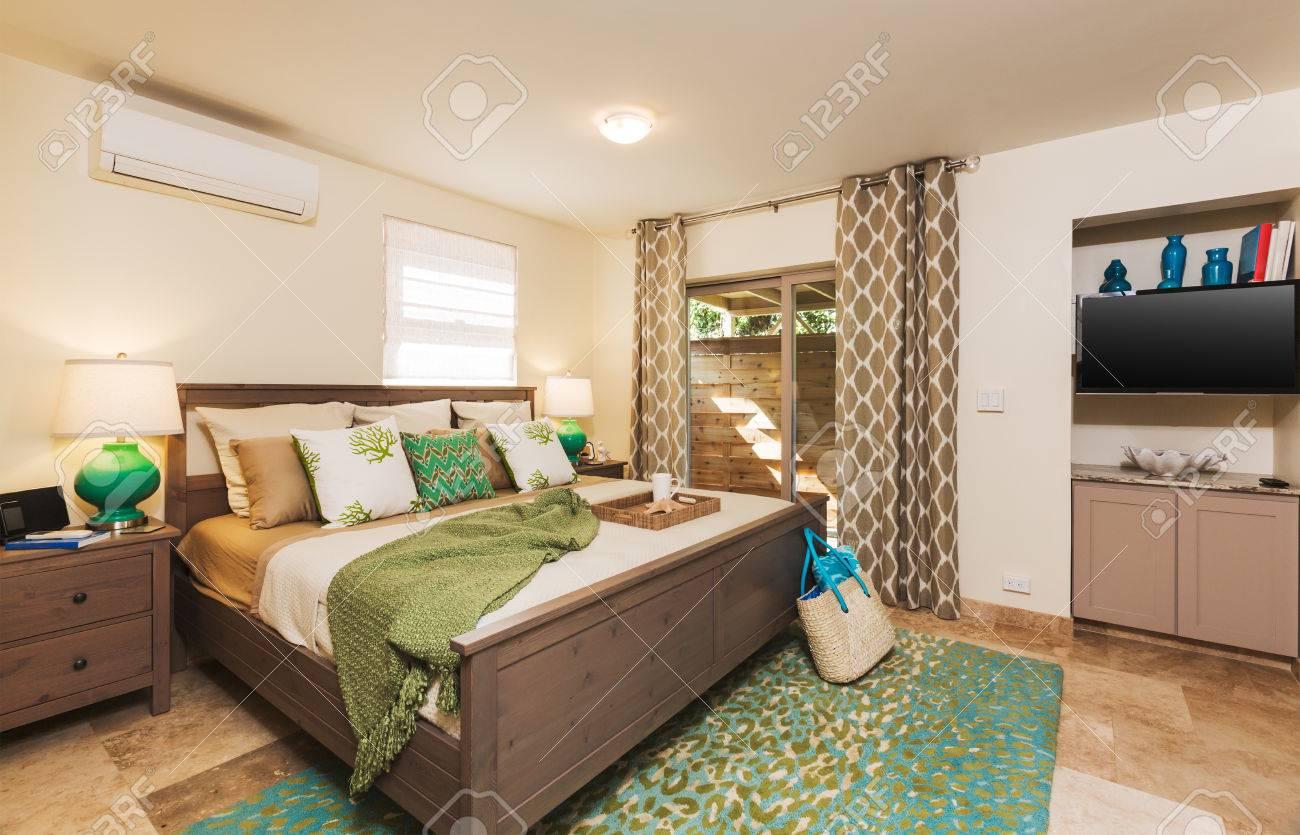 Chambre dans maison contemporaine, design intérieur banque d ...