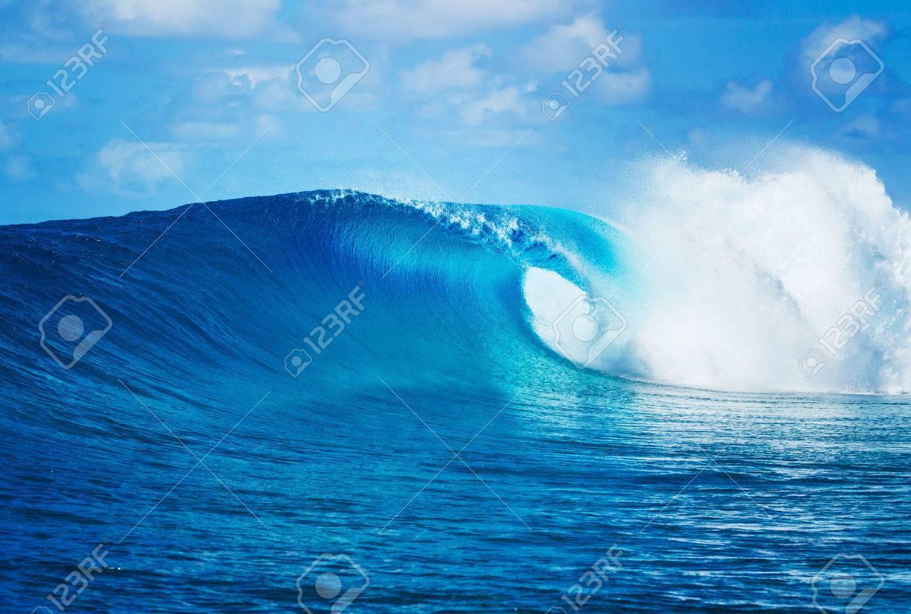 Blue Ocean Wave, Epic Surf - 40148027