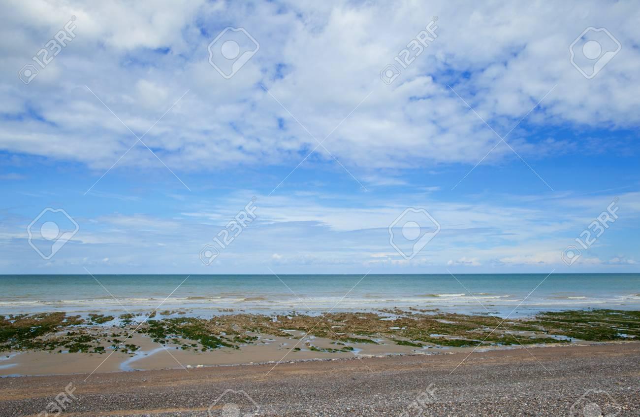 Schone Landschaft Von Einem Strand In Normandie Frankreich Lizenzfreie Fotos Bilder Und Stock Fotografie Image 14752715