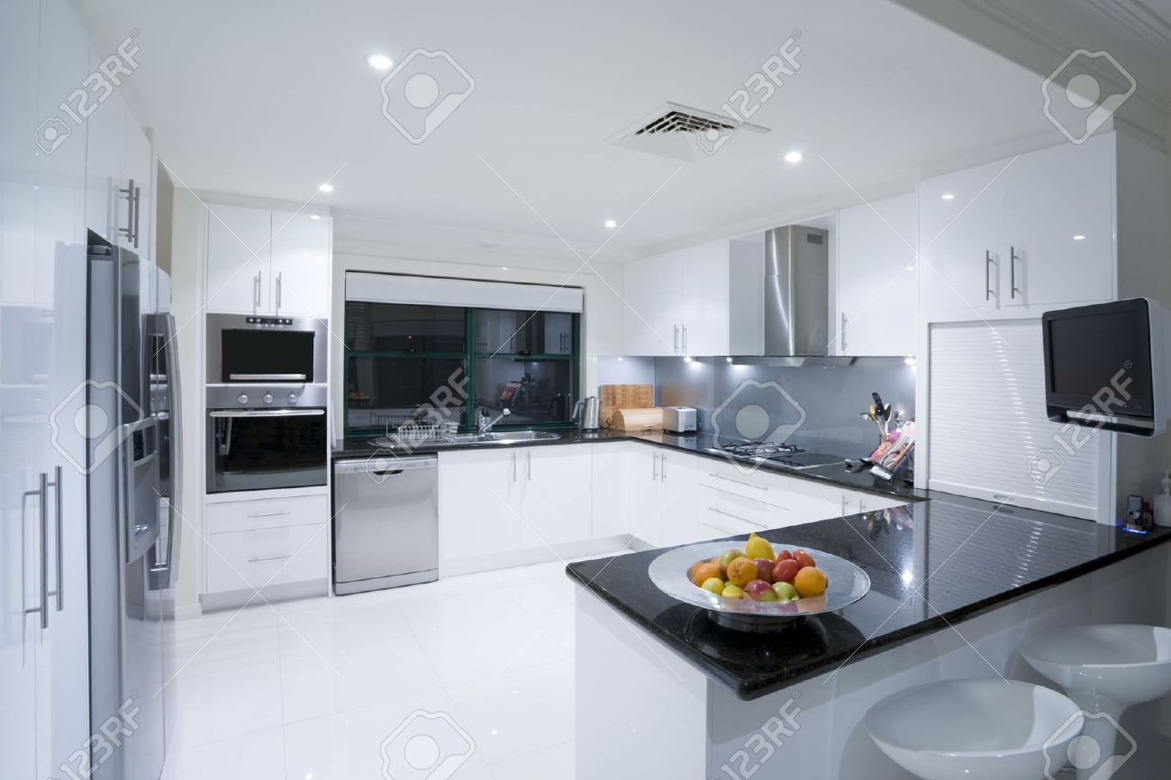 Modern Kitchen In Luxury Mansion Stock Photo, Picture And Royalty ...
