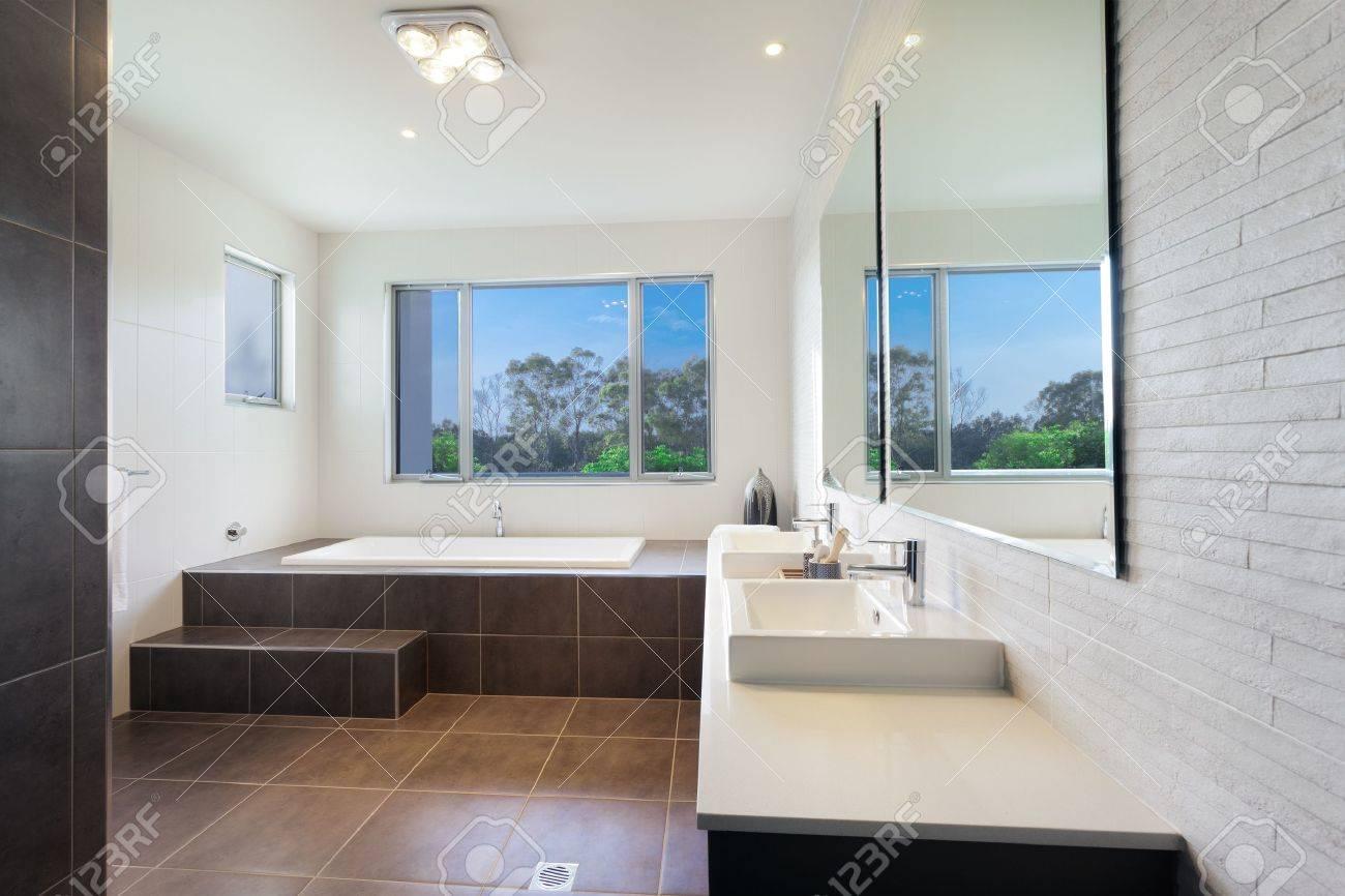 Cuarto de baño moderno habitación doble con baño con estilo fotos ...