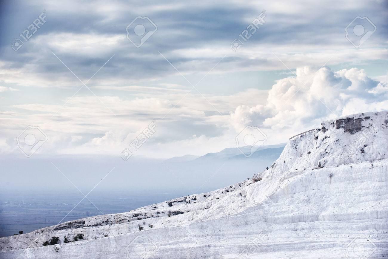 Travertino Piscinas Naturales Y Terrazas En Pamukkale Turquía Pamukkale Significado Castillo De Algodón En Turco