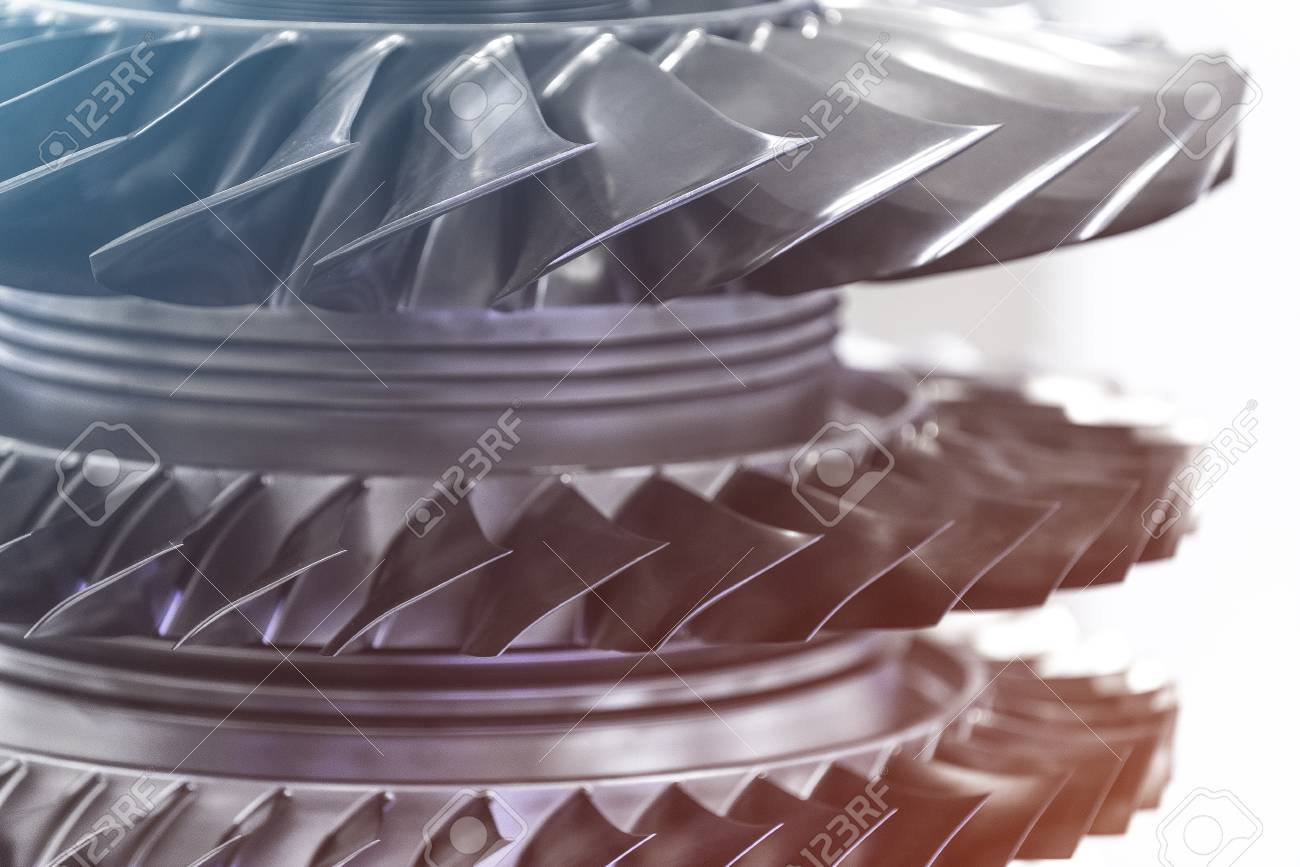 Turbine Engine. Aviation Technologies. Aircraft jet engine detail in the exposition. Blue toned. Banque d'images - 81101237