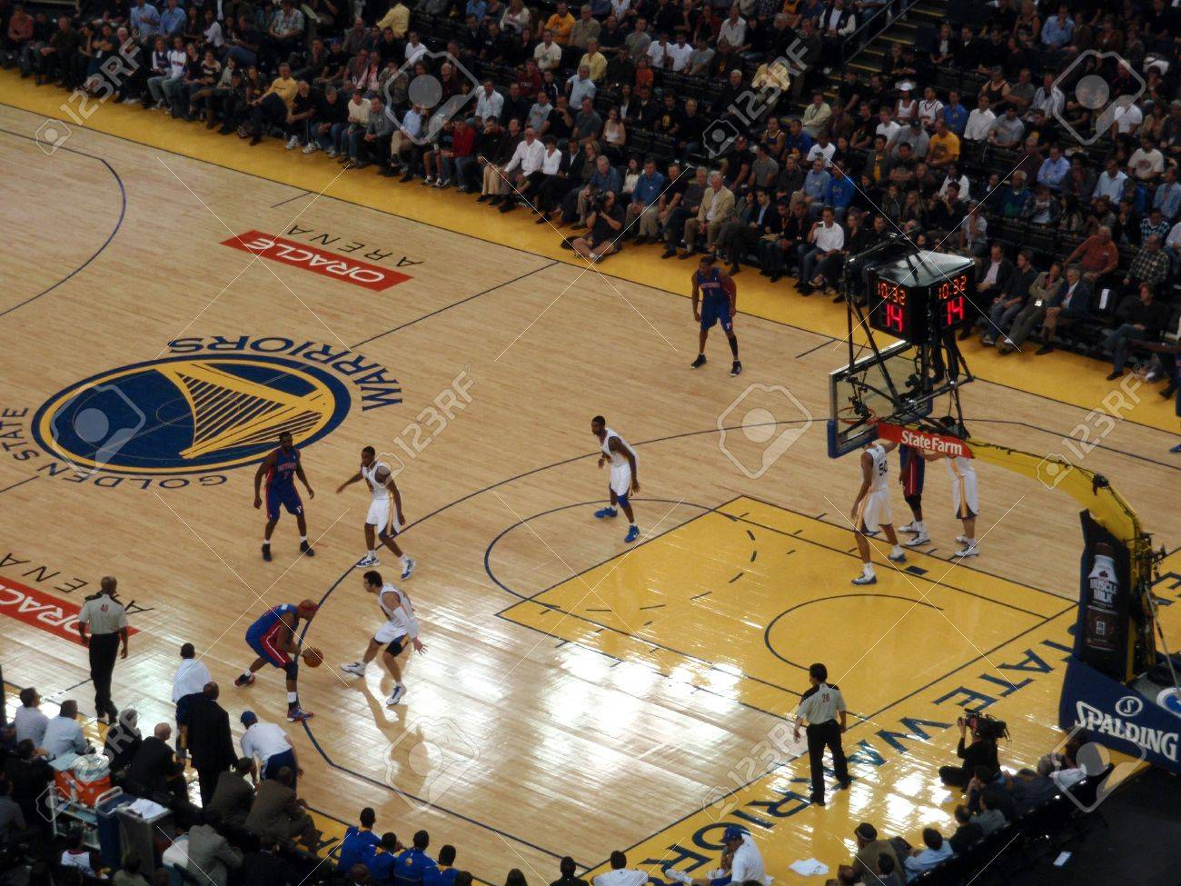 OAKLAND - NOVEMBER 15: Piston Player dribbles at 3 point line at the Oracle Arena in Oakland, California on November 15 2010. Stock Photo - 11652581