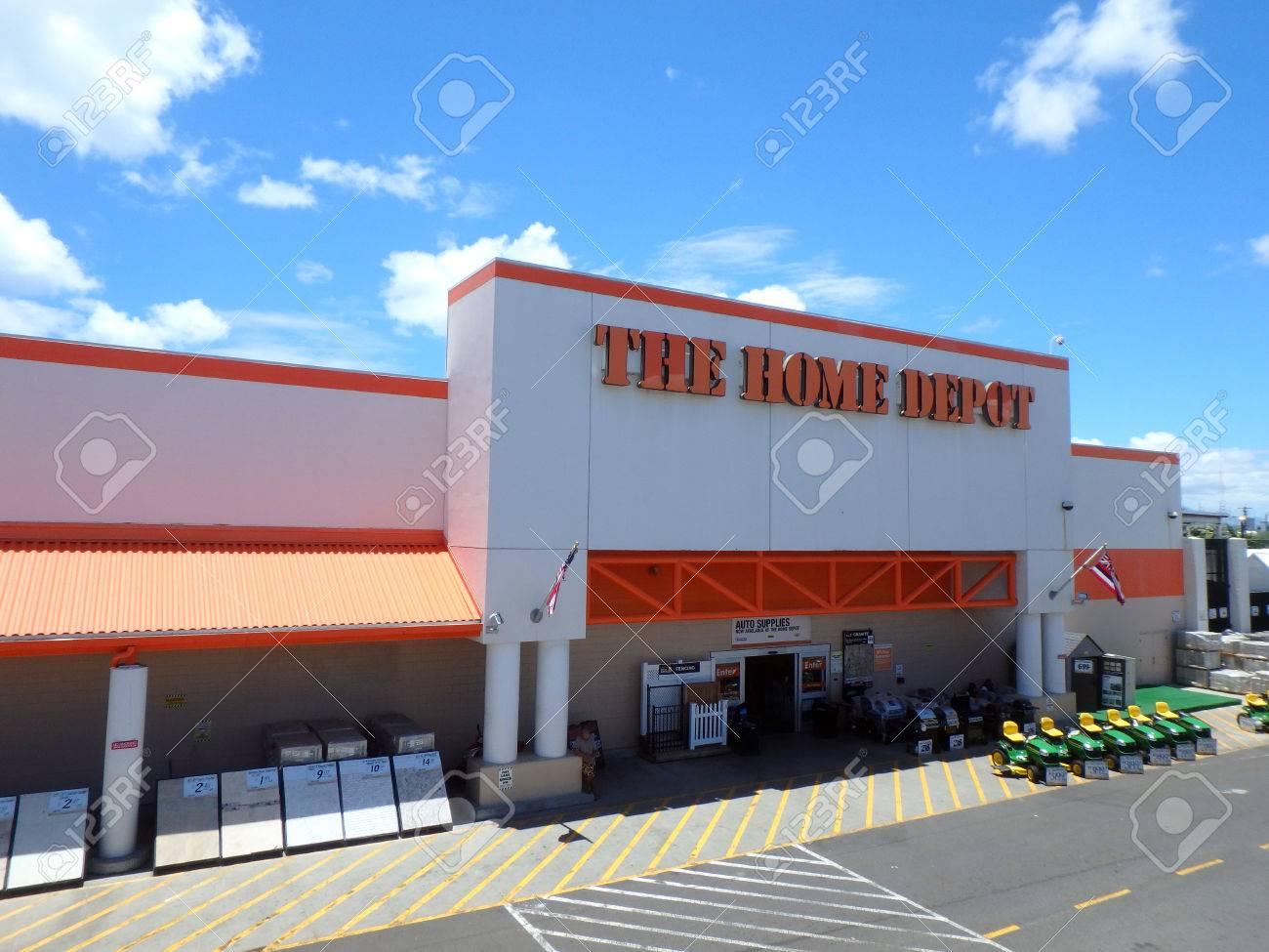 Honolulu, HALLO, USA - 4. August 2015: Oahu Home Depot, Wurde 1978 ...