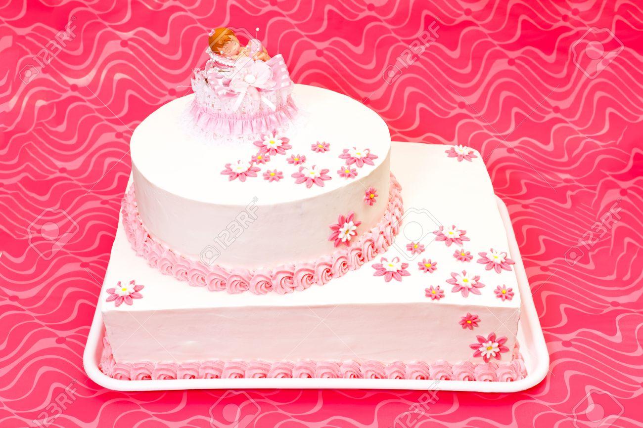 Weiss Taufe Kuchen Fur Madchen Mit Rosa Dekoration Lizenzfreie Fotos