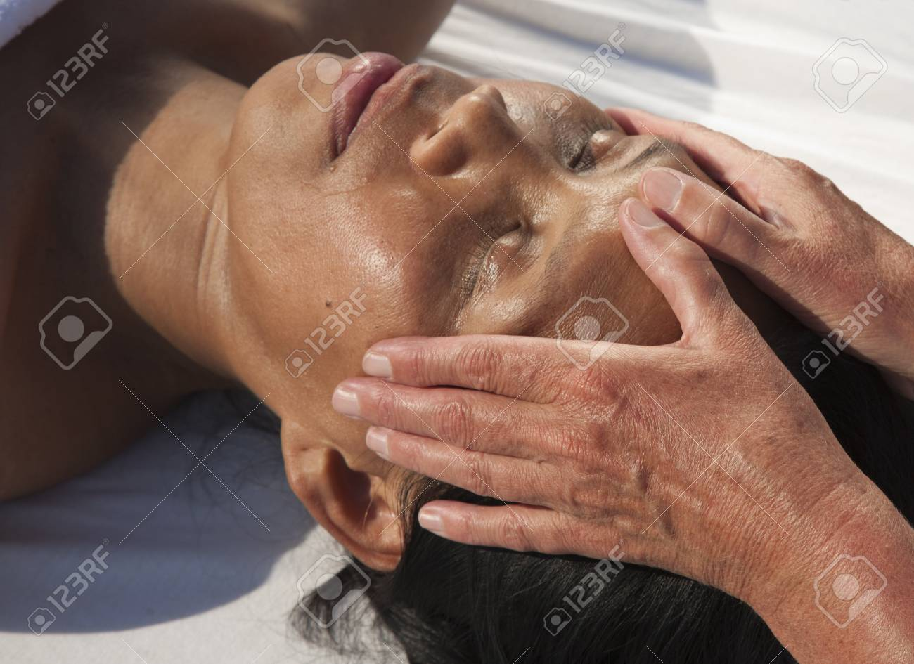 Japanese facial massage Stock Photo - 15742695