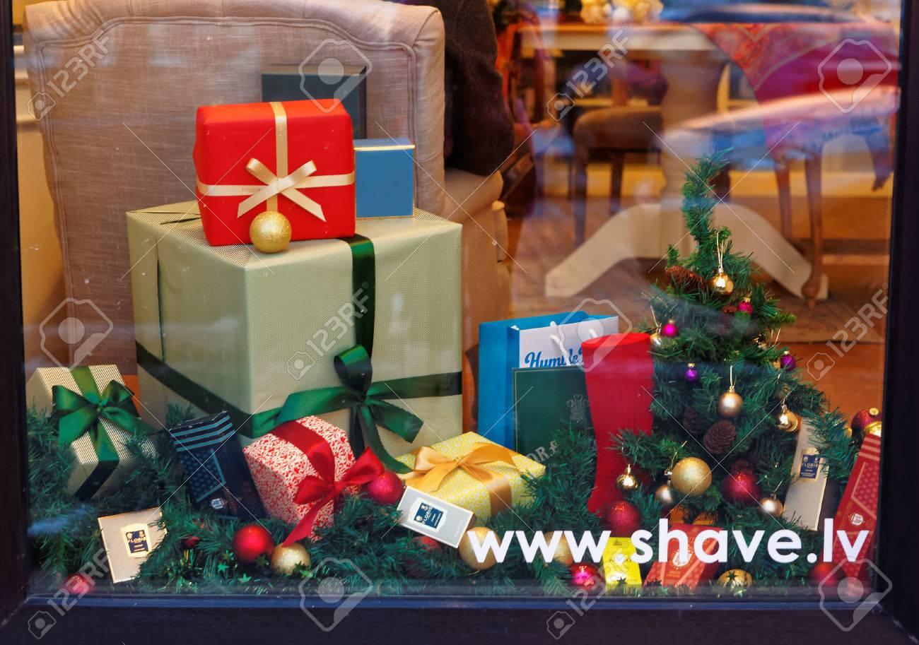 RIGA, LETTLAND - 28. Dezember 2014: Schön Dekoriert Weihnachten ...
