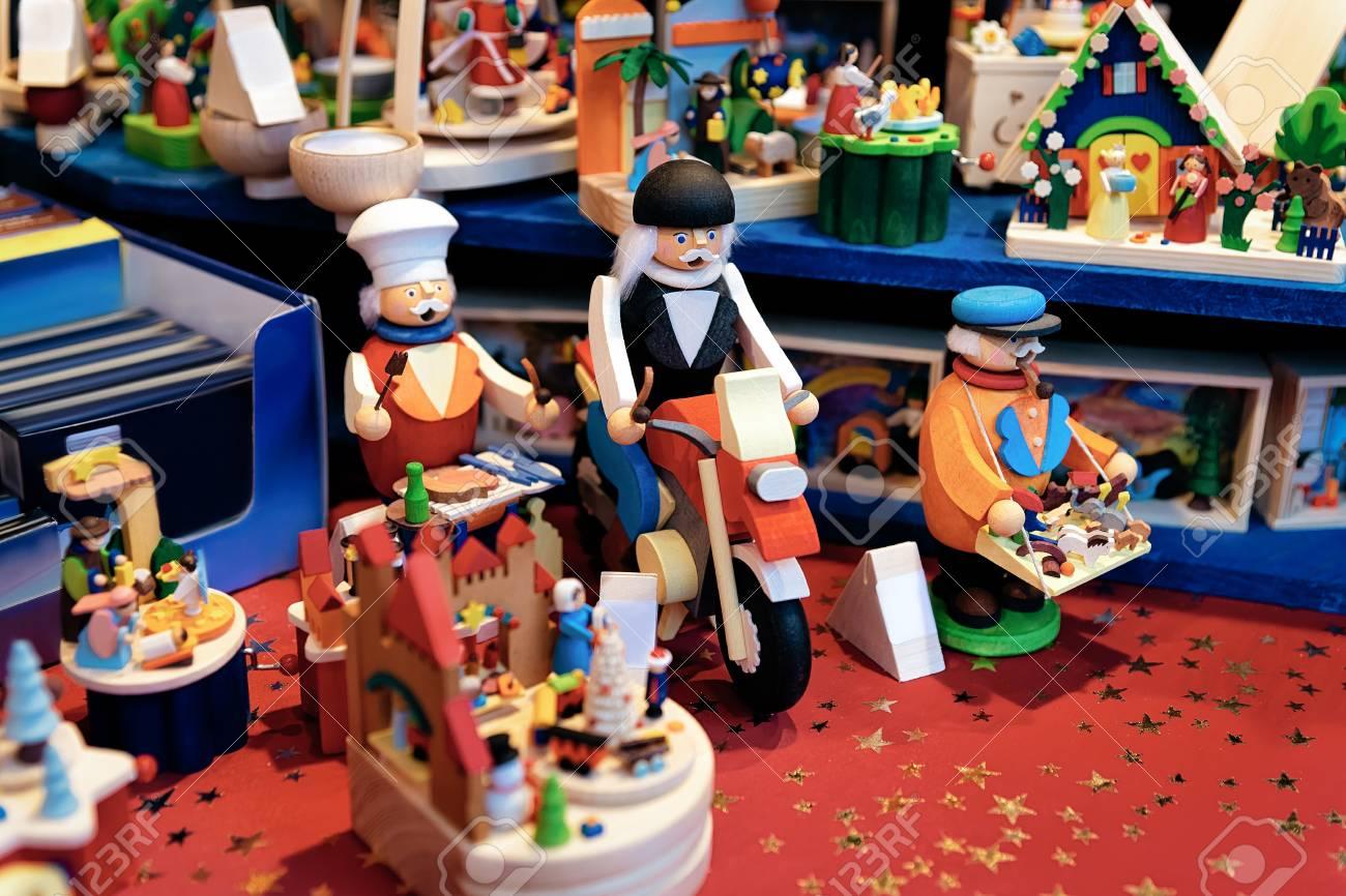 Lego Weihnachtsmarkt.Wooden Toys At Christmas Market At Gendarmenmarkt In Winter Berlin