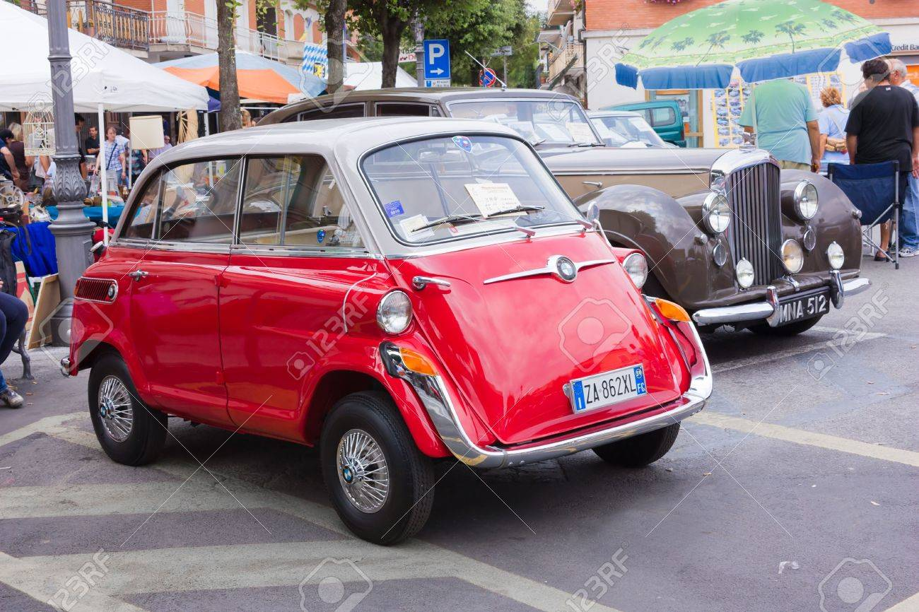 Old Cars Exhibition At Mostrascambio Of Gambettola Iitaly 4 5