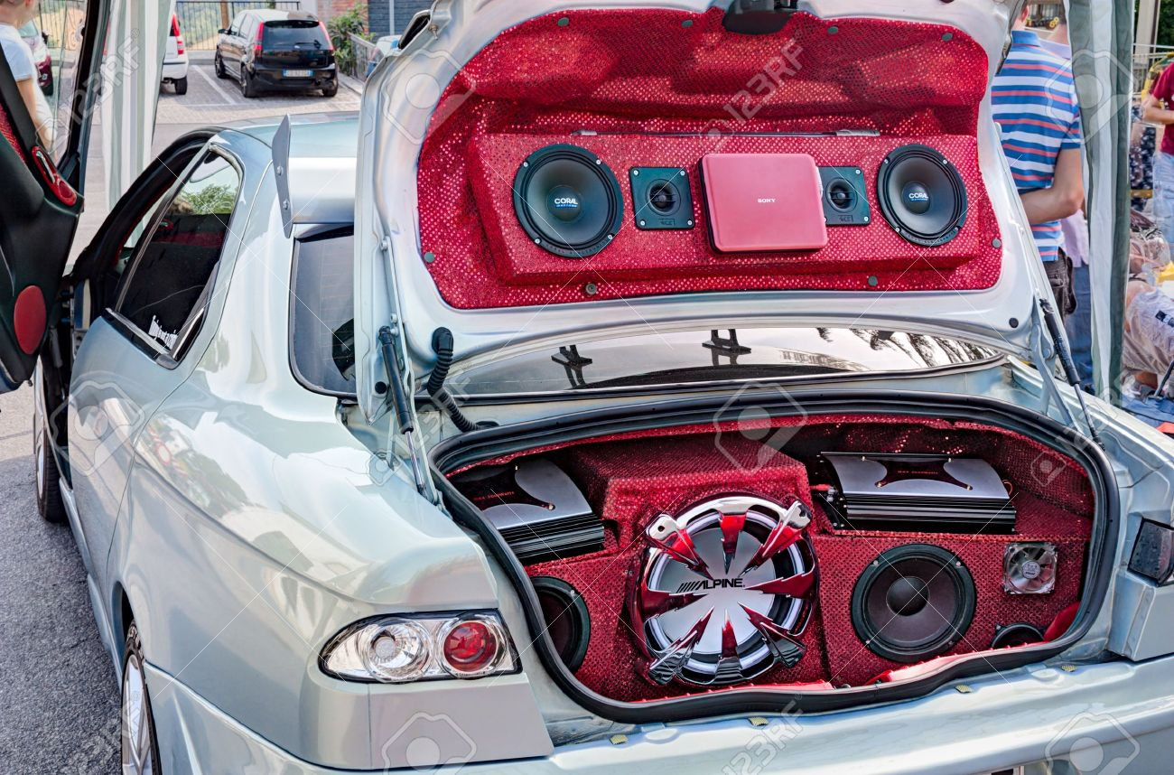 Power Music Audio System With Amplifiers Bass And Treble Speakers